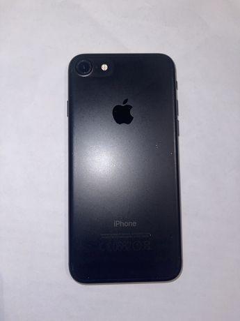 Продам iPhone7/ 32гб
