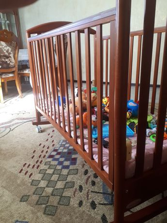 Манеж, спальный и детский гарнитур, качеля