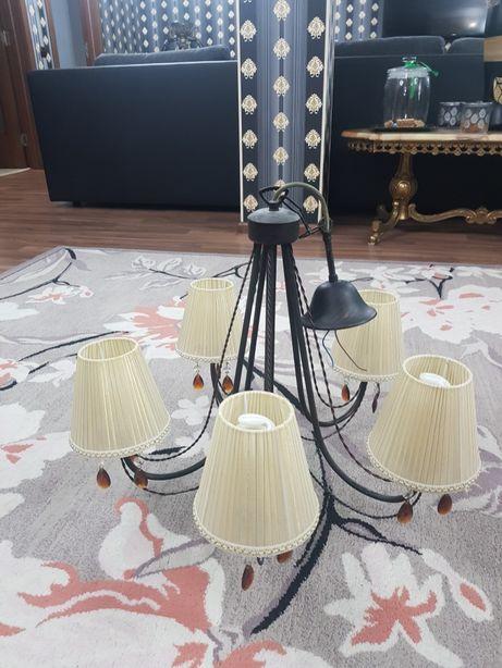 Vand 5 candelabre model deosebit