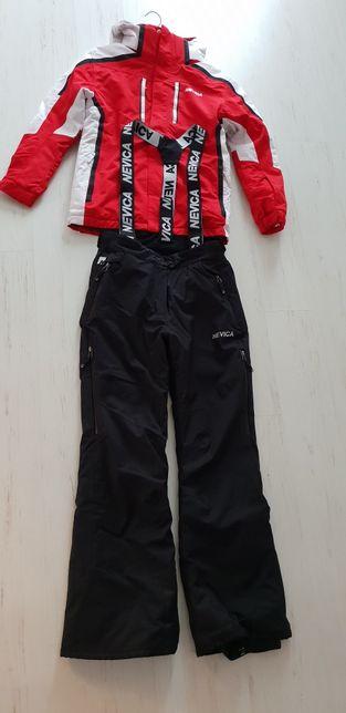Costum de ski