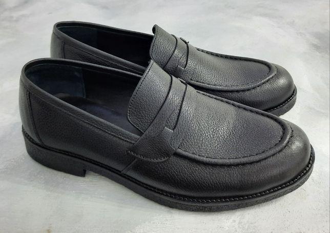 Обувь. Кожаные лоферы