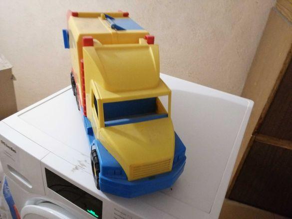 Детска играчка камионче