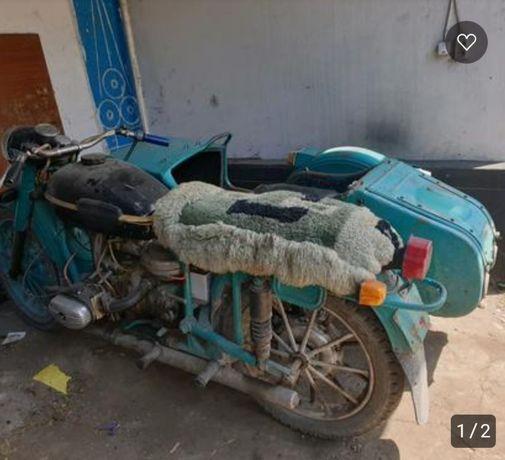 Мотоцикл урал 1977г