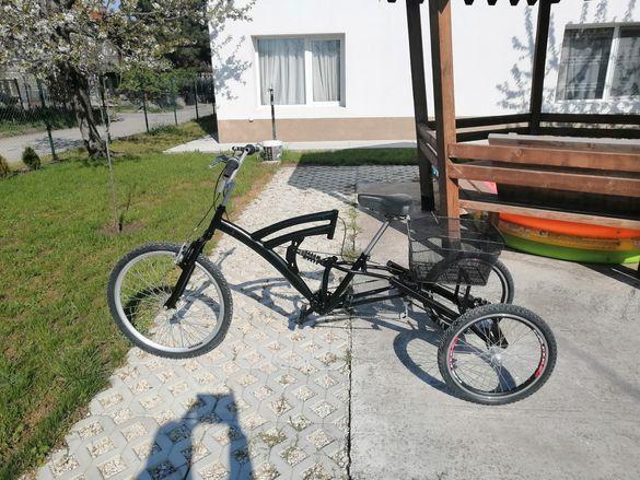 Велосипед триколка