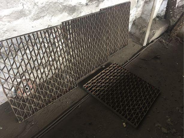 Gratar metalic de vanzare