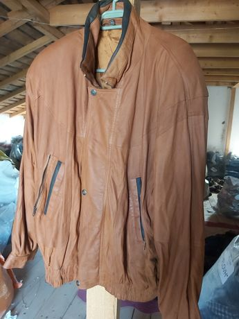 Depozit haine second hand vinde geci piele naturală