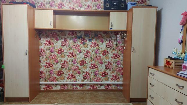 Шкаф + кровать в комплекте