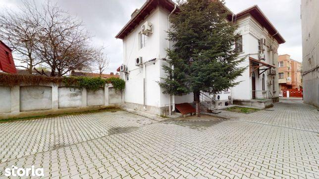 Vila eleganta 400 mp, Ultracentral Dacia Eminescu,cu parcare