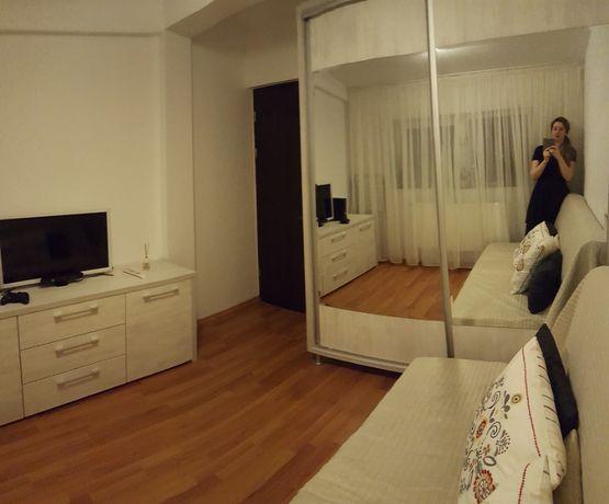 apartament modern cu 2 camere decomandate in Micro 21