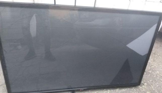 ПЛАЗМА 127 см,треснут экран,рабочий тв LG,можно на з/ч