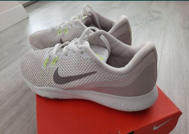Adidasi Nike, originali, marimea 38