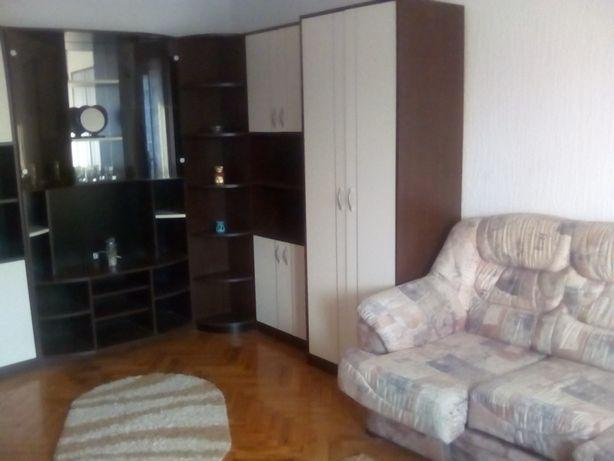Dau in chirie ap. 2 camere, in Oradea, langa Mc. Donalds Nufarul
