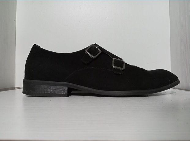 Замшевые туфли 43 размер срочно