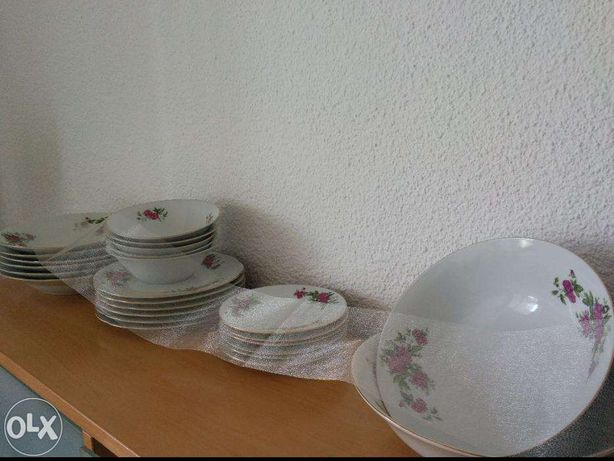 Serviciu de masa portelan chinezesc 12 persoane