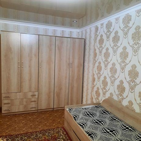 Продаётся шкаф и двухъярусная кровать подростковая