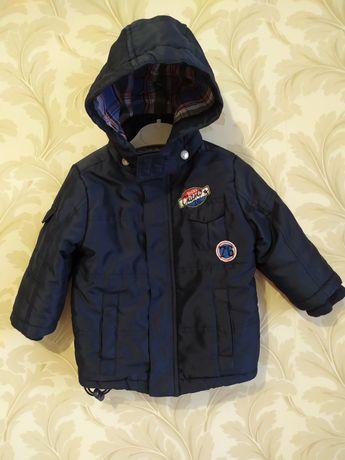 Продам весенне-осеннюю курточку на мальчика, размер 86