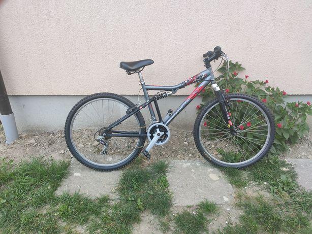 Bicicleta rockrider 6.0 full suspension