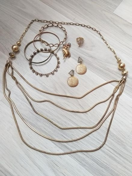 Златен блясък - гердан,пръстен,брошка,обеци и гривни - 13,00лв.