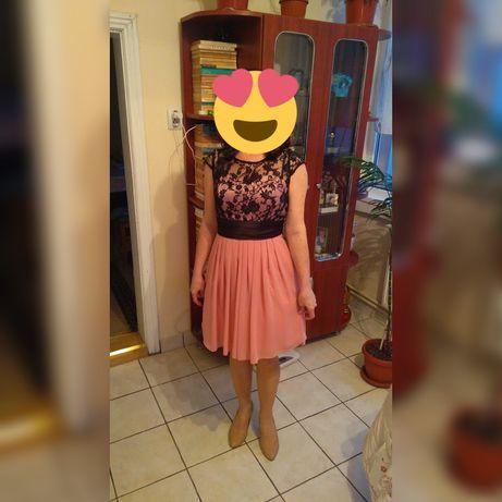 Rochie dantelă culoare roz prafuit