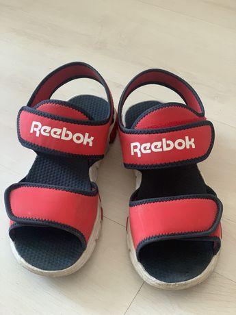 Продам сандали на мальчика