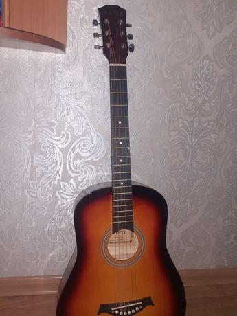 Продам гитару б/у