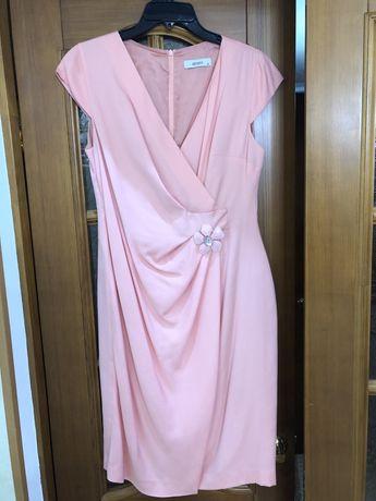 Платье Bessini  Б/у в отличном состояни