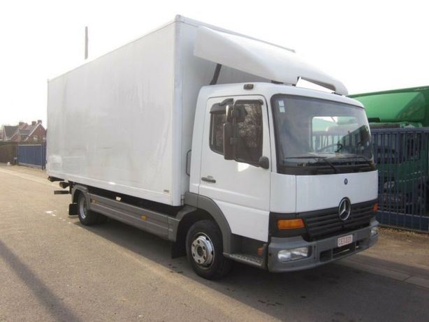 Transport marfa camion 7,5 tone cu lift și transpalet