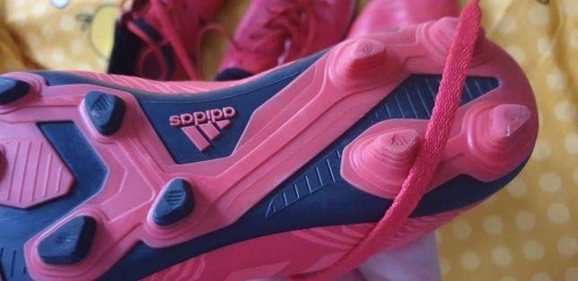 Crampoane Adidas copil.