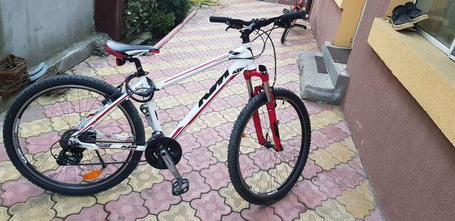 Vând Bicicleta ktm