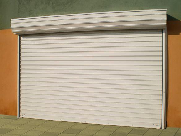 Качествени охранителни ролетки, гаражни врати