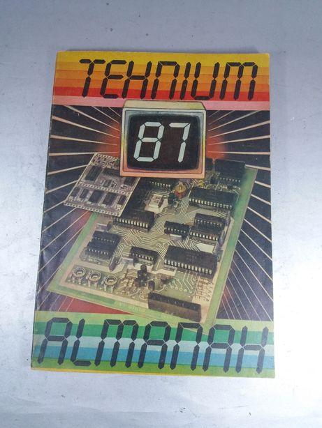 Almanah Tehnium programare pc din anul 1987 colecție vintage
