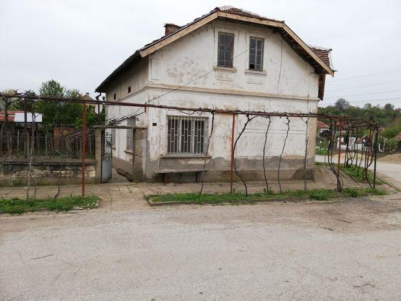 Къща в с. Хайредин