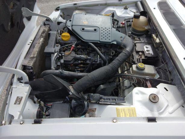 Vând motor Dacia papuc diesel 1.9 D cutii de viteza tracțiune 4x4