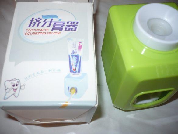 Дозатор - Диспенсер за паста за зъби