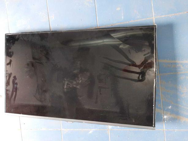 Vand TV LED Samsung nou UE40J5100AW ecran spart la transport 40j5100