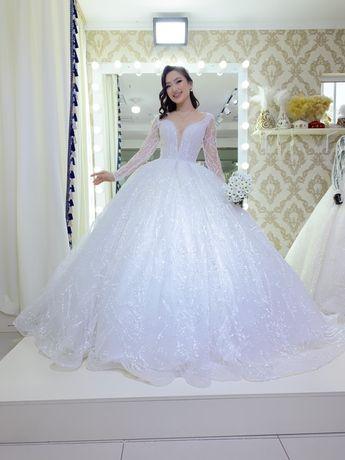 Новые и б/у свадебные   платья оптом