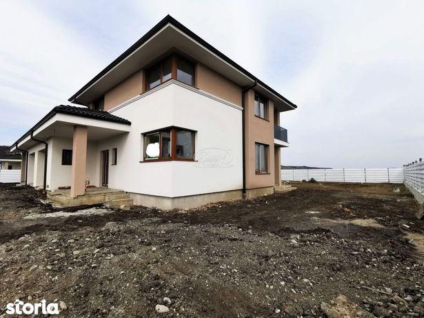Casa moderna cu teren generos in Jucu
