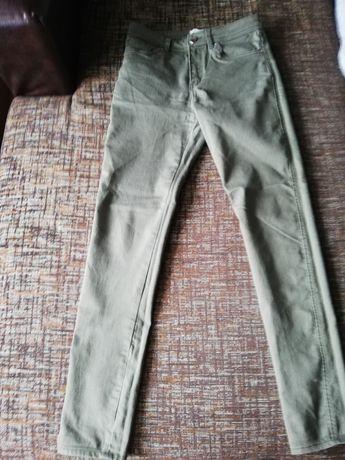 Панталон H&M зелен