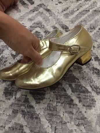 Туфли танцевальное