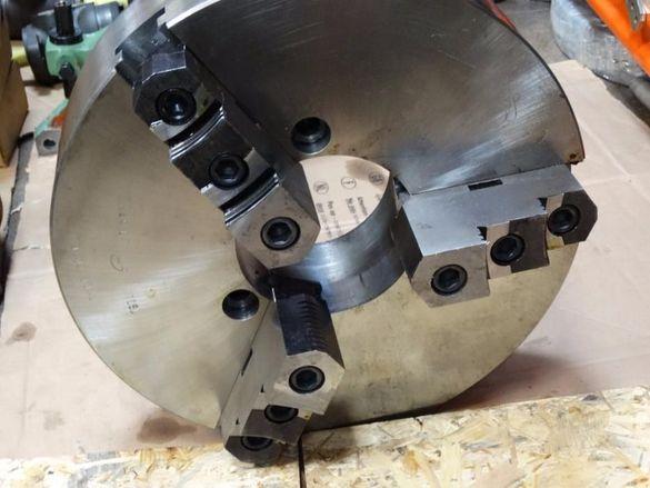 Универсал за струг Ф400mm