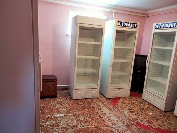 Продам Холодильники Атлант  отличном состояние  работает и холодит