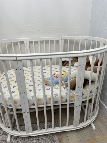 Детская круглая (овальная) кровать