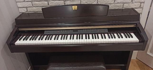 Цифровое пианино Yamaha Clavinova CLP-240