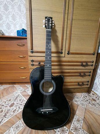 Продам гитару Foix