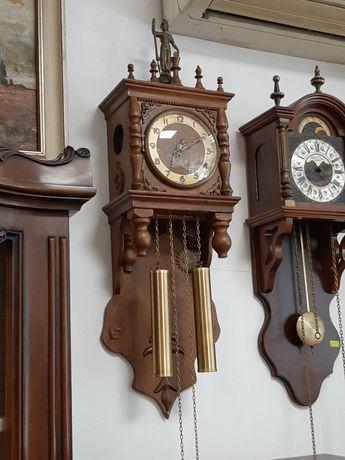 Механичен часовник с шахматни фигури внос от Холандия