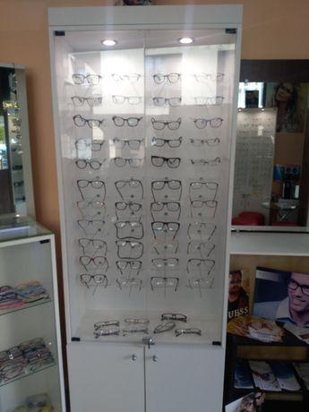 Витрина за Оптика за очила
