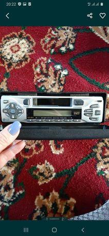 Магнитофон автомобильный кассетный