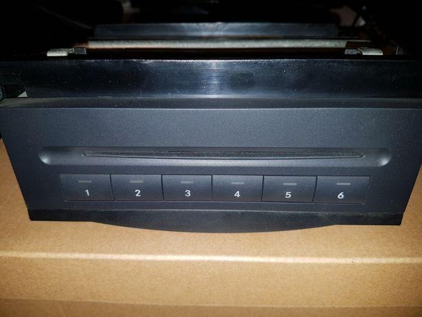 Magazie cd-uri ( Made în USA )
