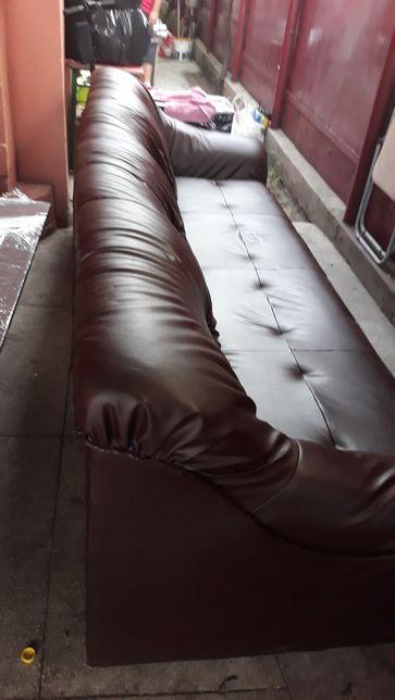 Canapea masute tabureti