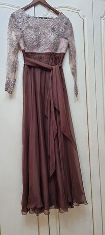 Вечернее красивое платье от известного дизайнера Наиль Байкучуков, 46р